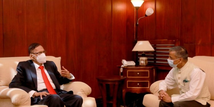 Indian High Commissioner calls on newly appointed Foreign Minister